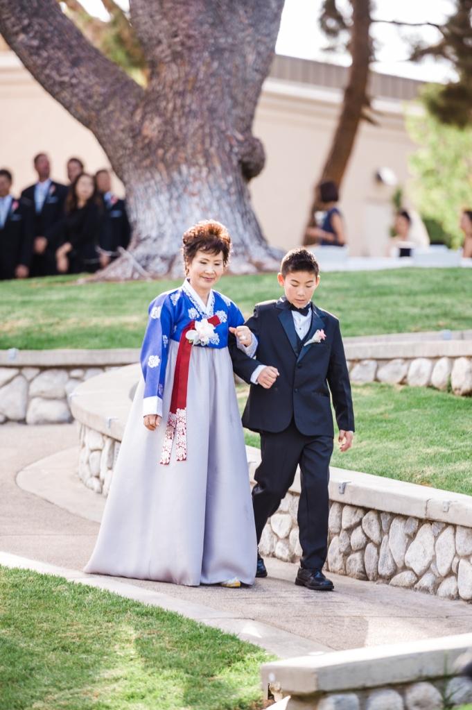 Pacific Club Wedding_57_Vivian Lin Photo.jpg