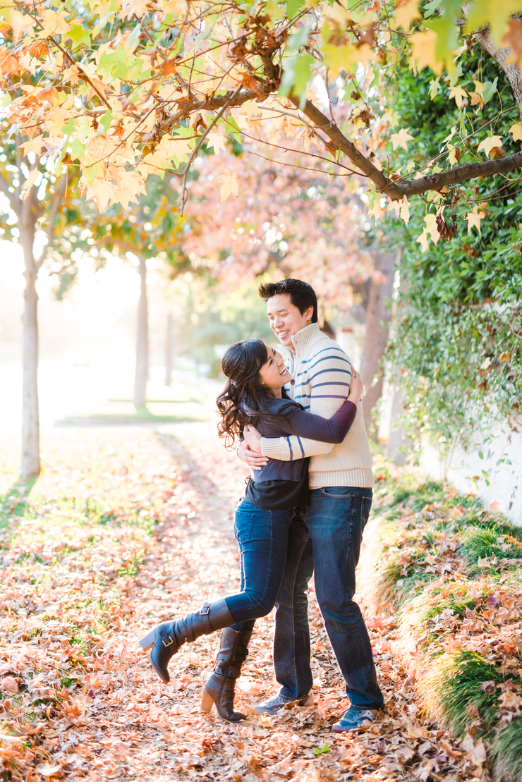Fall Leaves Engagement_Vivian Lin Photo