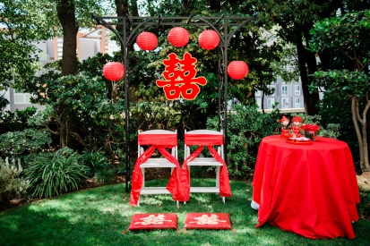 Tina Li's team set up this beautiful tea ceremony in record time.